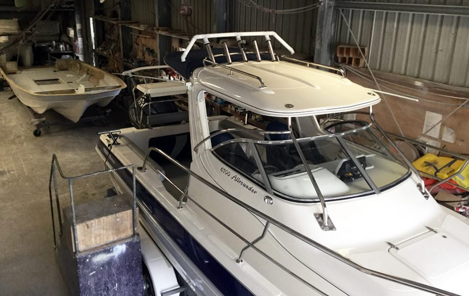 Boat builder in Caloundra custom built this multi-hull powerboat allrounder boat.