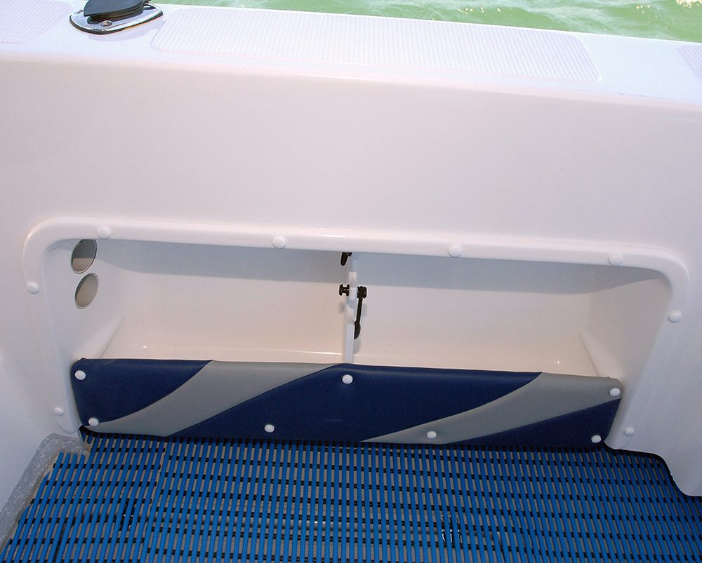 X-7400 Allrounder side pockets in cockpit liner